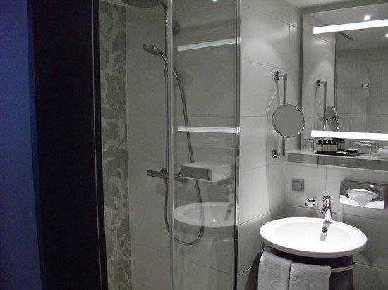 Pullman Munich: Bathroom