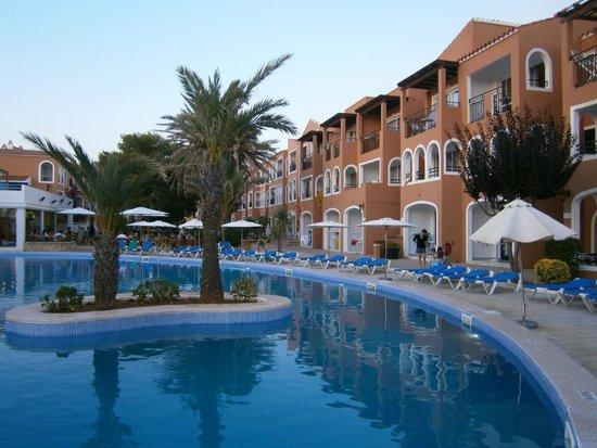 Vacances Menorca Resort: Vista Albergo