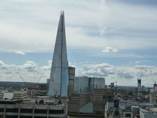 The Monument to the Great Fire of London: THE SHARD