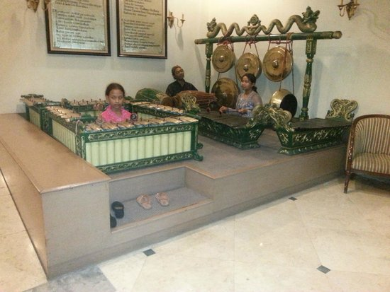 Sahid Jaya Solo: in de lobby live indonesich muziek