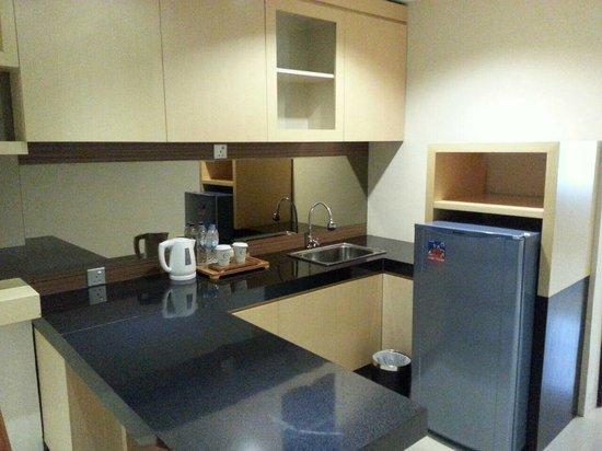 """Nagoya Mansion Hotel & Residence: """"kitchen"""""""