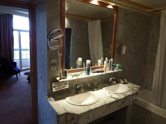 Es Saadi Marrakech Resort - Hotel : salle de bain