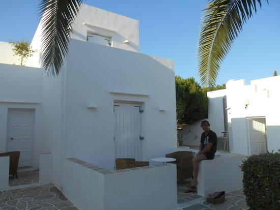 Smaragdi Hotel: Notre chambre avec terrasse