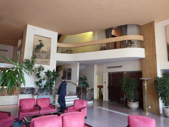 Es Saadi Marrakech Resort - Hotel : hall de l'hôtel