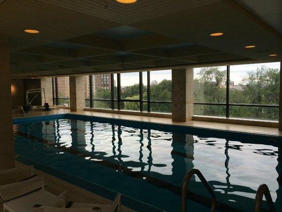 Four Seasons Hotel Boston: Pool area