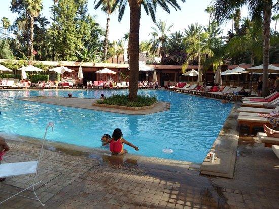 Es Saadi Marrakech Resort - Hotel : Piscine de l'hôtel
