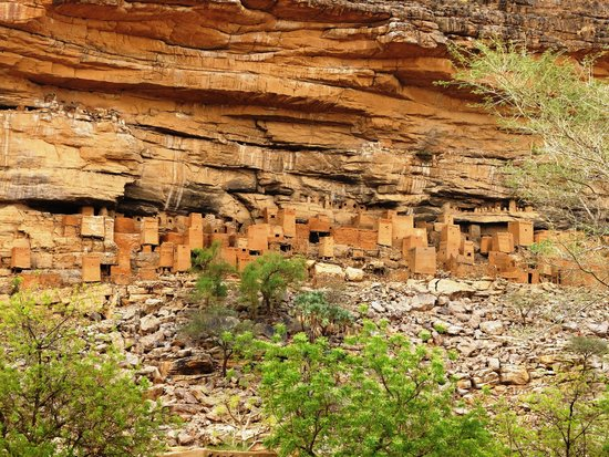Bandiagara Cliffs (Dogon Country) : Ein typisches Dorf der Dogon