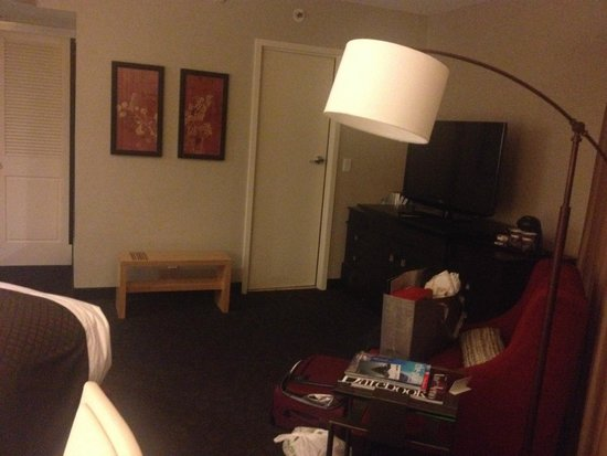 DoubleTree by Hilton Hotel Los Angeles Downtown : Room