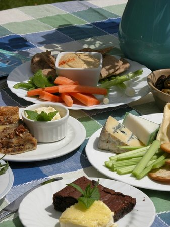 Hideaway Huts at Treworgey: Order food from Auntie Jane - homemade onsite and delivered to your fridge