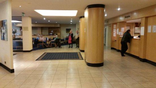 Wessex Hotel: Reception