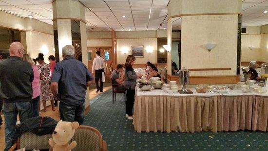 Wessex Hotel: Brekky / dining room