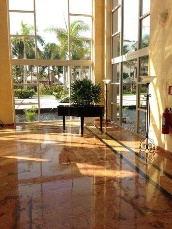 Excellence Riviera Cancun: Martini BAr