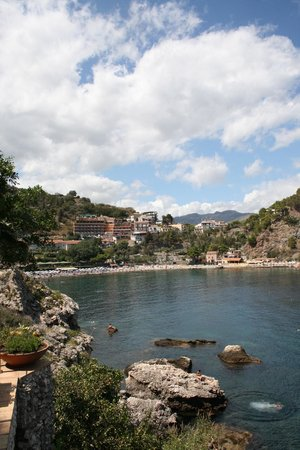 Panoramic Hotel : view of the hotel from Isola Bella