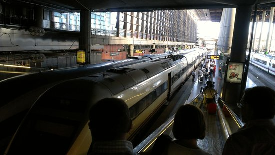 Estación de Atocha: Por tomar el tren AVE