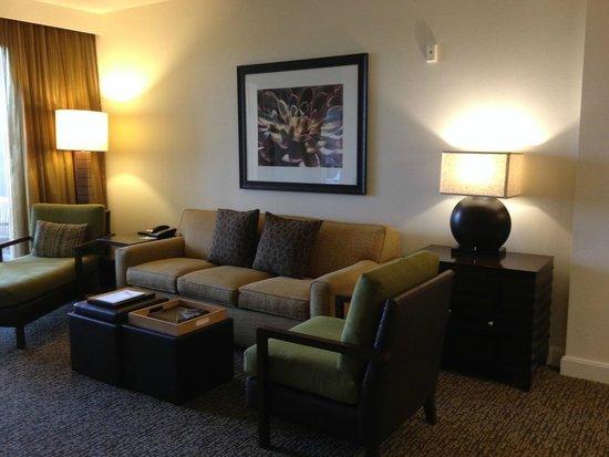 The Westin Kierland Villas: Living Room of 1BR Premium