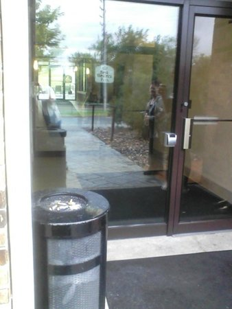 Best Western Plus Antioch Hotel & Suites: Hotel purchased ashtray well within 15 feet of entry door
