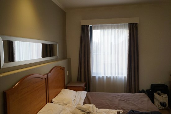 The Great Southern Hotel : Typical room