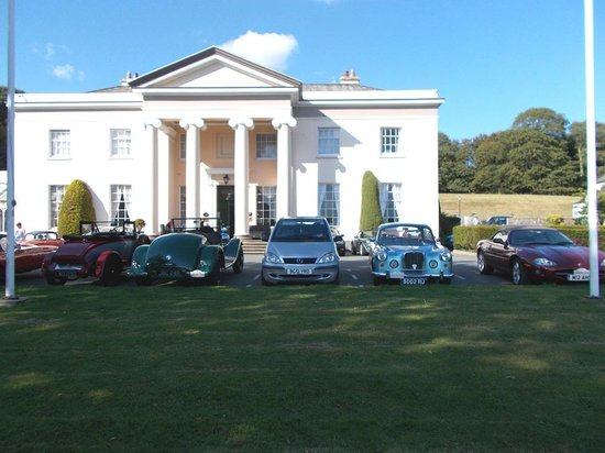 BEST WESTERN Lamphey Court Hotel: We managed to get some of the classic cars together - no thanks to the manager