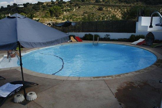 Hospederia la Era: Heerlijk zwembad in de tuin
