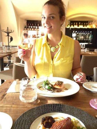 Grand Cru Restaurant and Bar: Enjoying