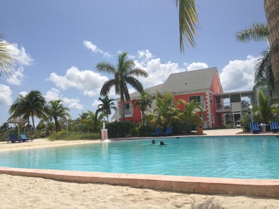 Sandyport Beaches Resort: 3 great pools and water slides