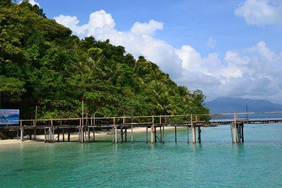 Koh Wai Beach Resort: Пристань