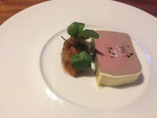 ABode Restaurant: Supposed to be confit duck terrine but just patie