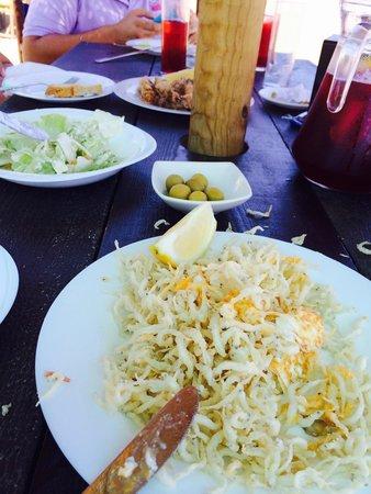 Chanquetes y huevo frito