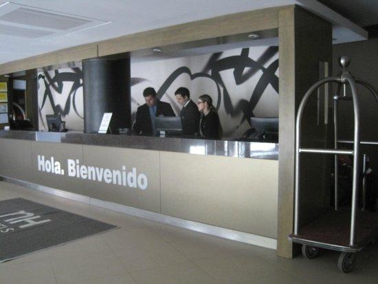 NH Buenos Aires 9 de Julio: Recepción
