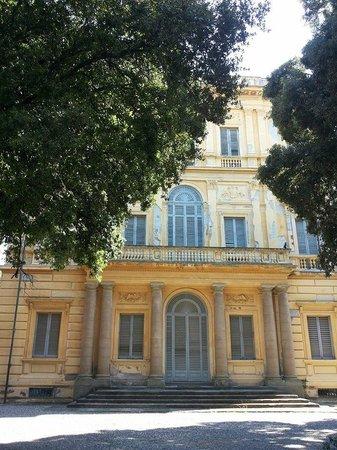 Museo Civico Giovanni Fattori : DEGRADO IRRAGIONEVOLE O.o Visitate il museo e pubblicizzatelo!!!