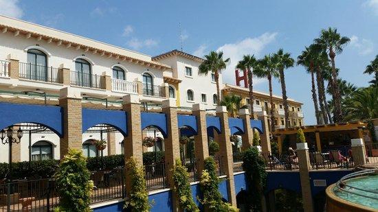 Hotel La Laguna Spa & Golf: Piscina