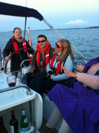 Escape Yachting - Day Sails: Sailing fun!