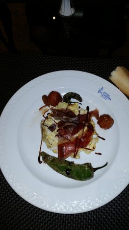 Hotel La Laguna Spa & Golf: Huevos con jamon