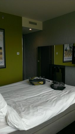 Ramada Apollo Amsterdam Centre : Bedroom
