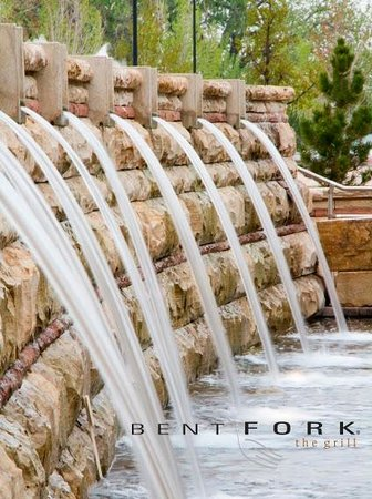 Bent Fork Grill: Bent Fork on the Centerra Town Square