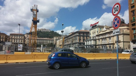 Hostel & Hotel Bella Capri: Direct area of the hostel, smelled really bad..