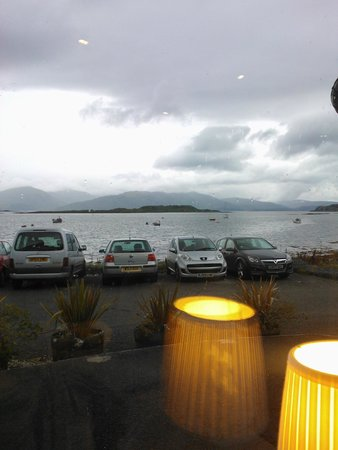 The Pierhouse Hotel: View at dinner