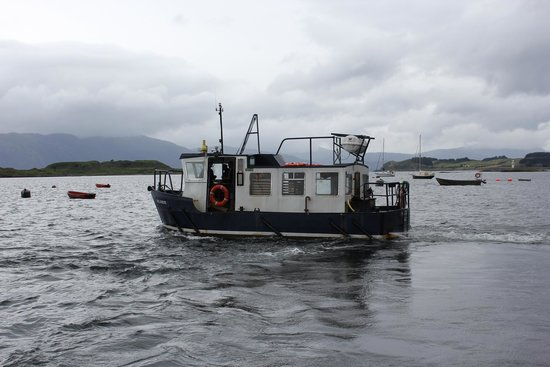 The Pierhouse Hotel: Ferry to Lismore