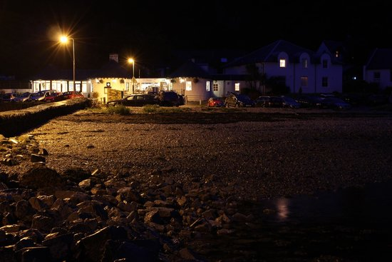 The Pierhouse Hotel: Night View