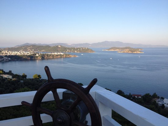 Kivo Art & Gourmet Hotel: Amazing view of Skiathos Bay