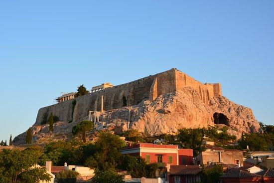 Byron Hotel: widok o poranku na Akropol