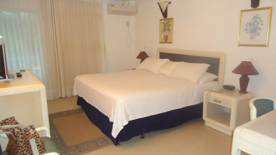 Cocoplum Beach Hotel: Foto do quarto