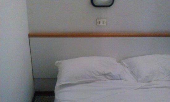 Hotel Mondial: camera