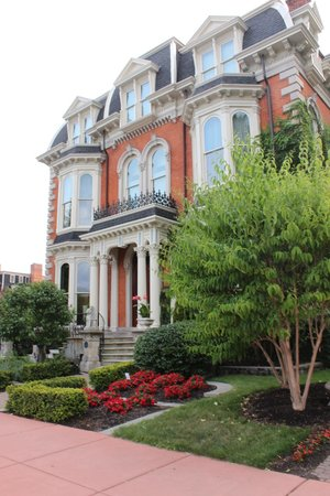 The Mansion on Delaware Avenue: View from outside