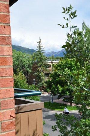 Aspen Square Condominium Hotel: View East From Condo