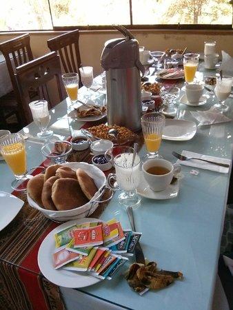 Ccapac Inka Ollanta : Complimentary Breakfast
