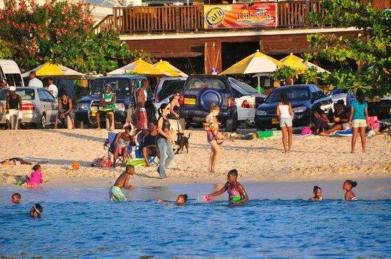 Umbrellas Beach Bar: Umbrellas Grand Anse Beach Grenada