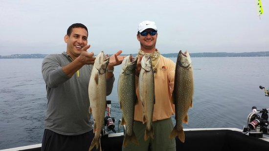 True Blue Charters: Four good Lake Trout