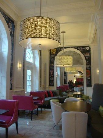 Hotel Indigo Atlanta: wow decor