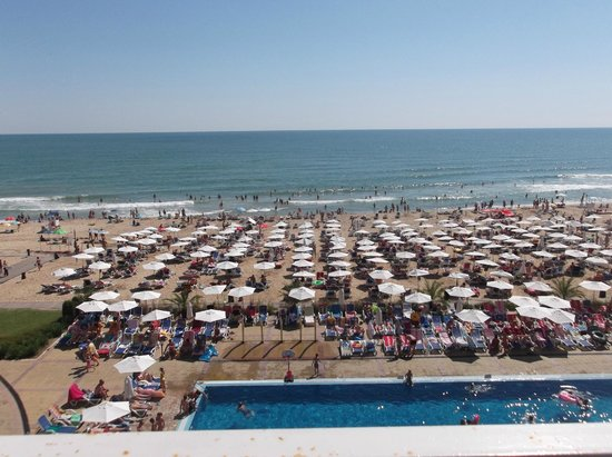 Sol Luna Bay: view from hotel room overlooking beach